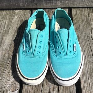 🆕List! Aqua Blue Laceless Vans! GUC!